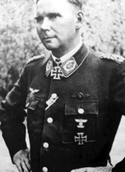 Oberst Herbert Rieckhoff.jpg