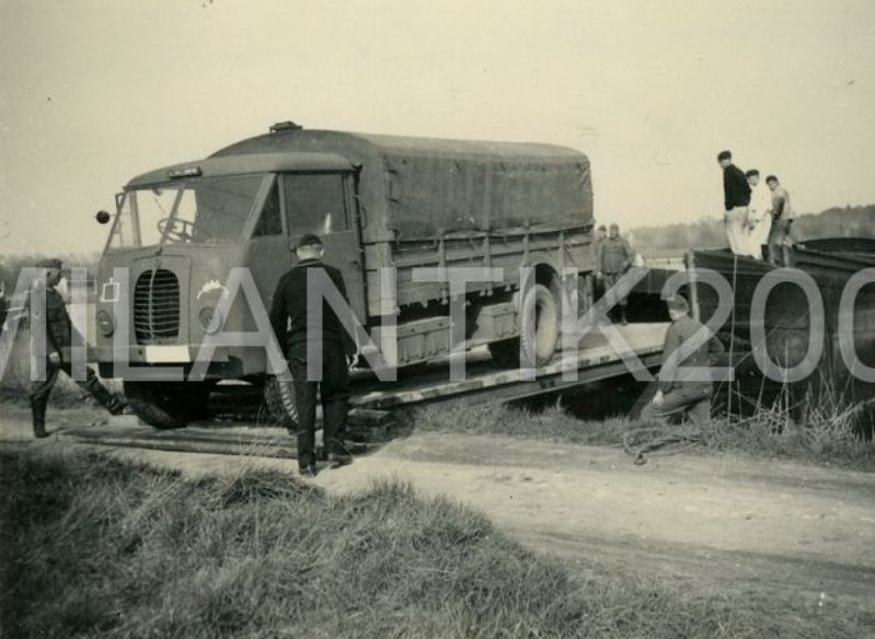 Peugeot DMA 1:35 Azimut productions File