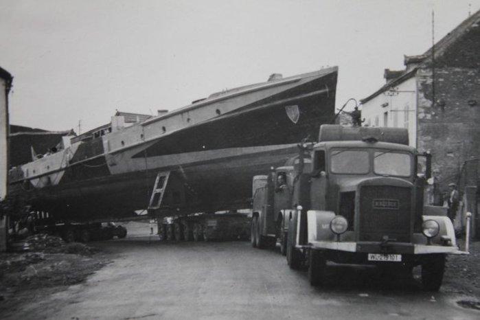 Des MFP et Raumboote à Avallon pour rejoindre la Mediterrané File
